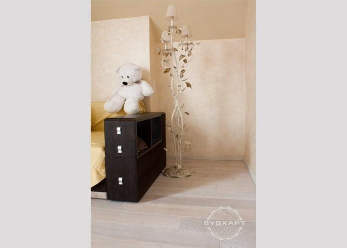 Паркетная доска дуб, белое масло, брашировка, фаска, ширина 150 мм, палубный набор