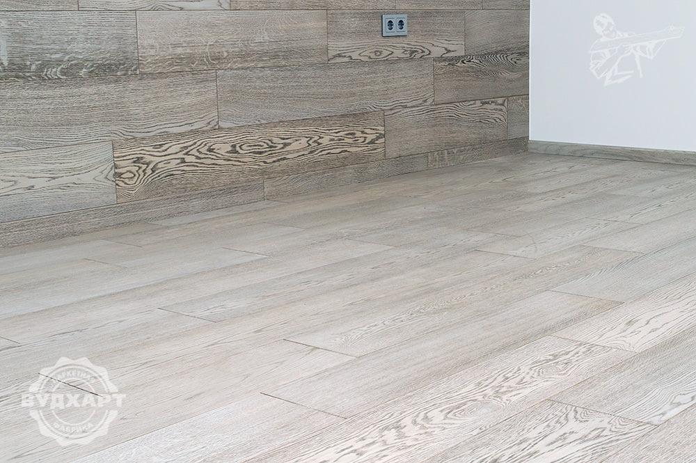 Паркетная доска и стеновая панель шириной 205мм, палубный набор, рабочий слой Дуб в сортировке селект